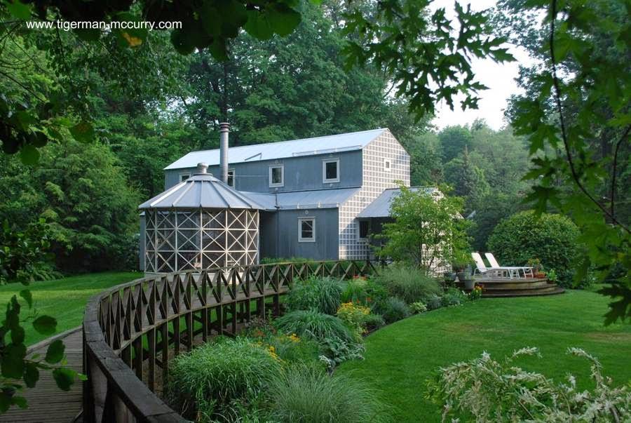Casa de campo de aspecto tradicional en Estados Unidos