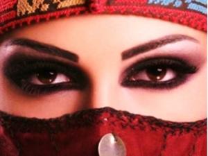 Cerita di Balik Kosmetik Wanita