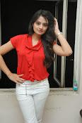 Nikitha Narayan Glam pix-thumbnail-18