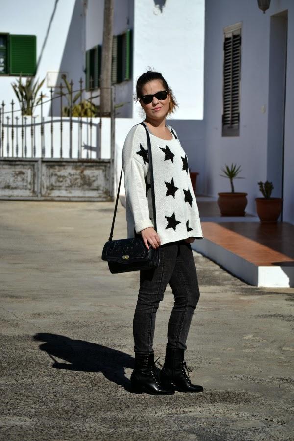 look_outfit_blanco_negro_jersey_estrellas_nudelolablog_01