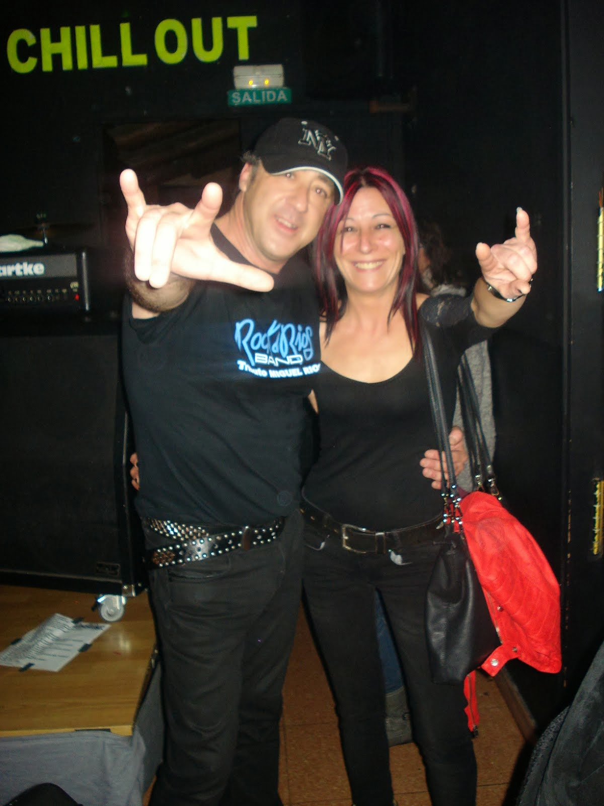MONTSE Y CARLES (VOCAL DE ROCK &RIOS BAND)