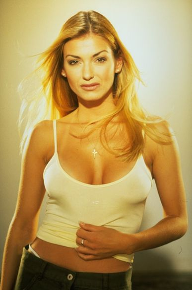 Marie Chantal Toupin Seins http://www.pic2fly.com/Marie-Chantal+Toupin