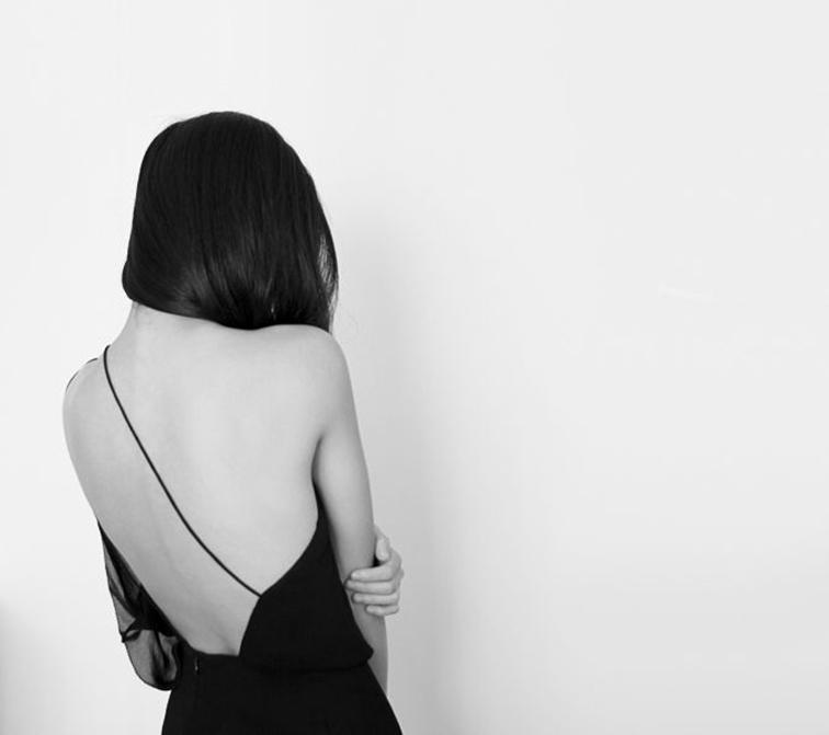 Maria Van Nguyen, beautiful back