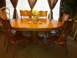 Clawfoot table and chairs- SOLD