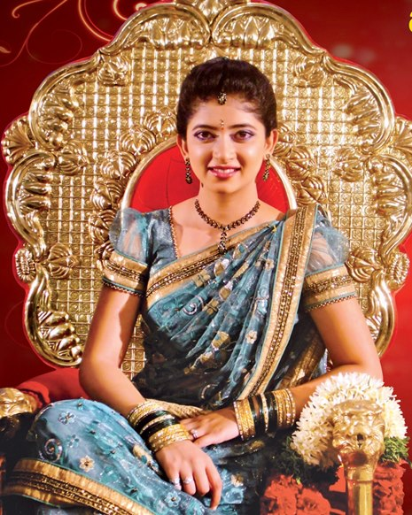 Pasupu Kumkuma Pallavi Felicitated in Wrangal Photos