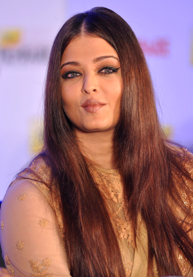 Aishwarya Rai at Idea Film Fare Awards