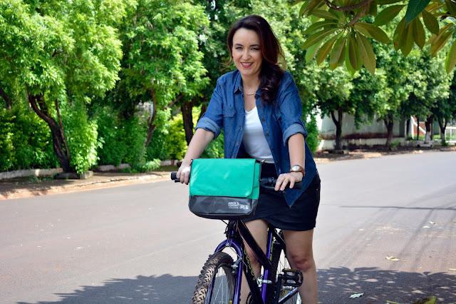 bag de nylon uncle k, uncle k ribeirão shopping, bolsa acoplada no guidão da bicicleta, rasteira couro verde, blog camila andrade, camila andrade, fashion blogger em ribeirão preto, blogueira de moda em ribeirão preto, blog de moda em ribeirão preto