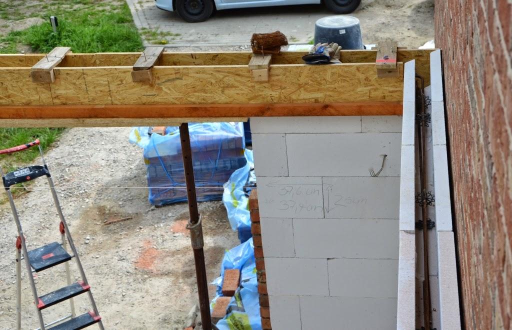 aus b wird hvl wir vollenden den ringanker und verklinkern die garage. Black Bedroom Furniture Sets. Home Design Ideas
