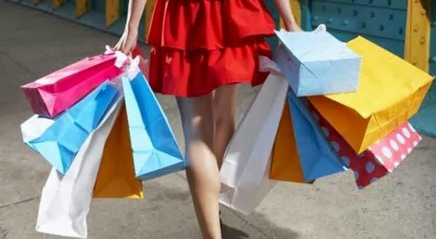 Orangtua Penyebab Anak jadi Gila Belanja