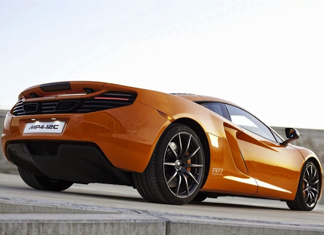 2014 McLaren MP4-12C Shooting Brake Wallpaper
