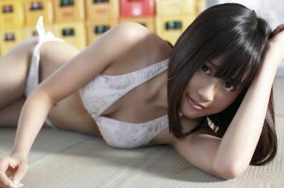 Atsuko Maeda - AKB48 bikini