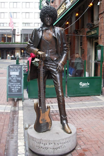 statue of Phil Lynott