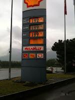 Prezzi per benzina e diesel praticati in Svizzera il 1/5/2012