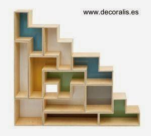 Moderna estantería de madera decorativa para interiores