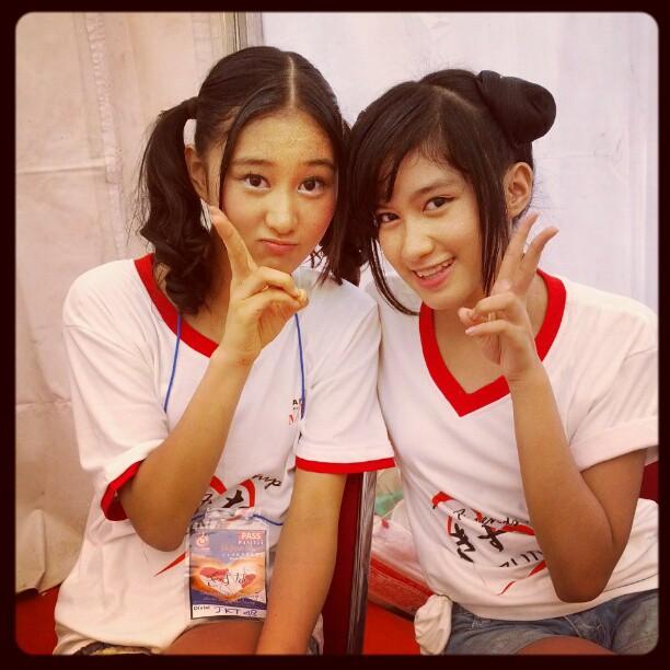 Rena JKT48 dan Ochi rosediana