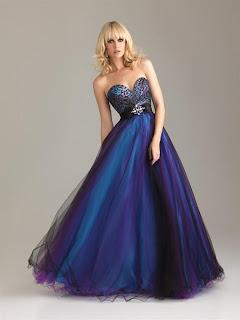 http://3.bp.blogspot.com/-_d9IWztZ61Q/UEZ_aJESCoI/AAAAAAAACdU/3ZhaECNTW_Y/s1600/vestido-de-15-anos1.jpg