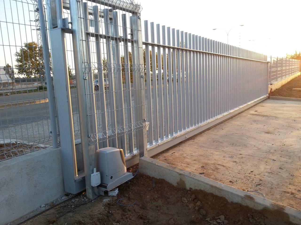 Puertas automaticas navatek navatek puertas automaticas sl - Instalacion de puertas correderas ...