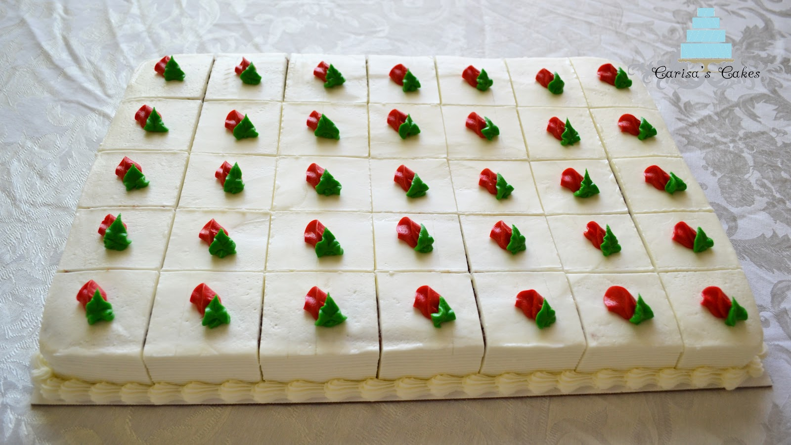 10 6 Rounds White Cake With Buttercream Icing Two Half Sheet Cakes Chocolate And Carrot Pre Sliced Piped Rosebuds