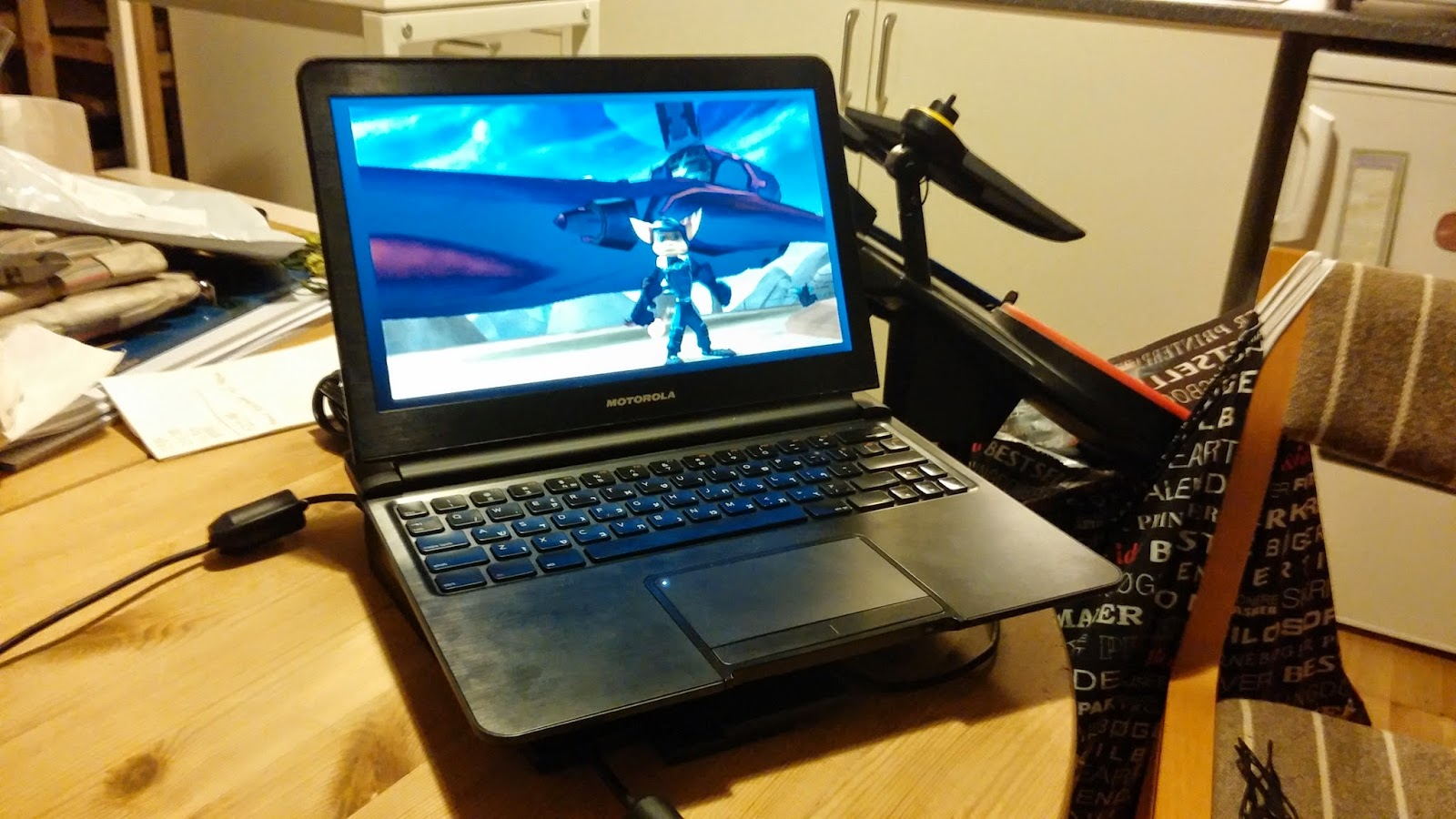 Laptop Battery Monitor : Enatormods battery powered game laptop hdmi monitor