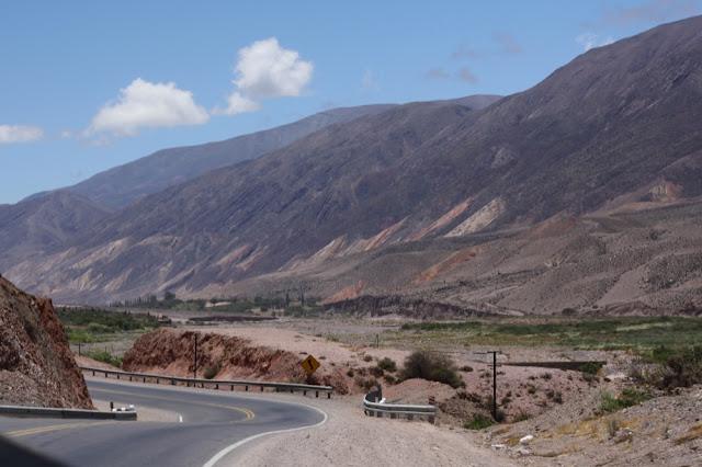 quebrada de humahuaca jujuy argentina road
