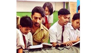 foto pemeran arjuna menjadi guru di Indonesia