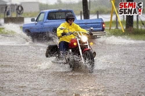 Error-Biker-At-Season-Rain