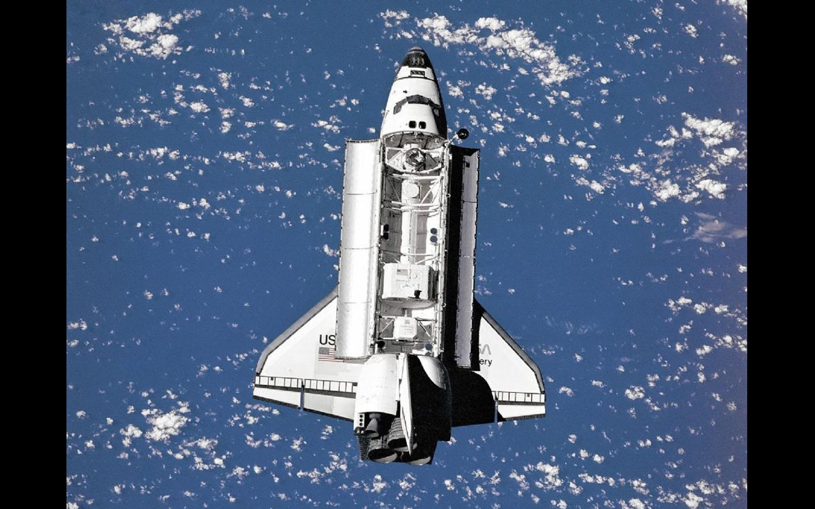space shuttle discovery wallpaper - photo #9