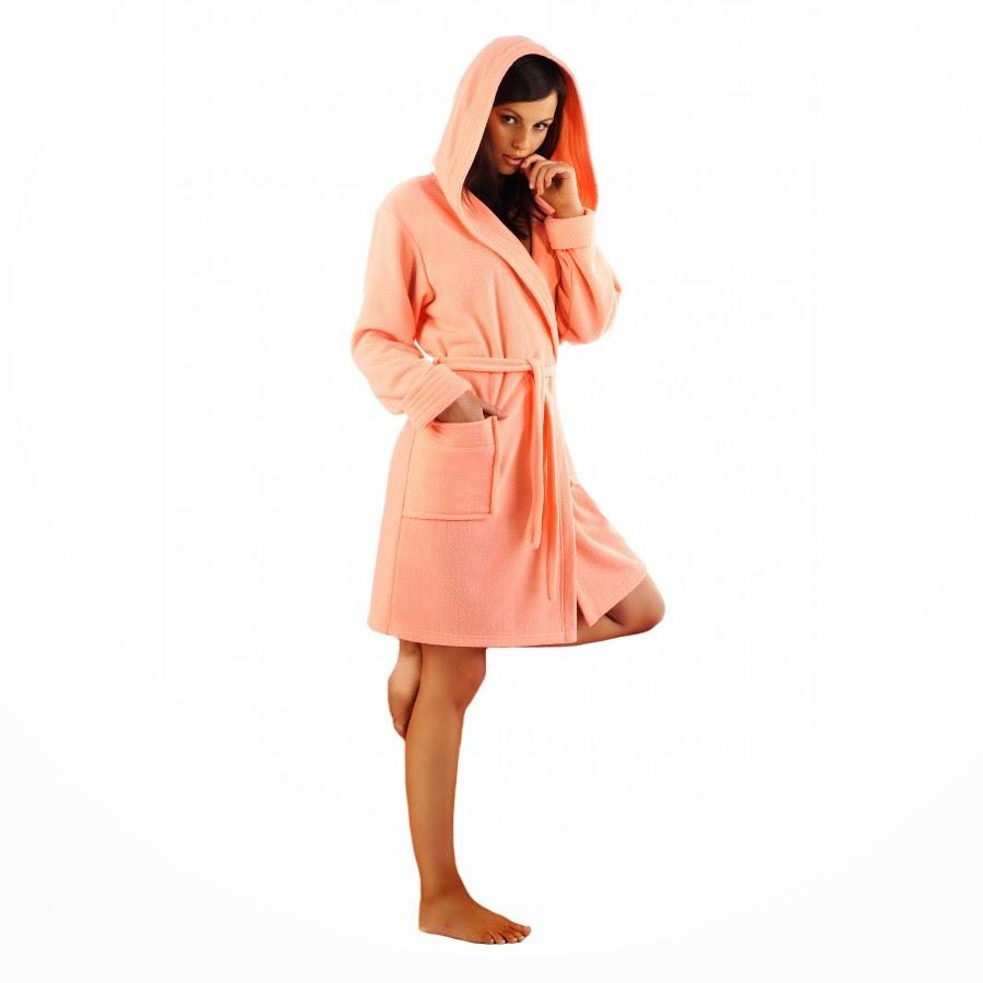 peignoir bain capuche femme fionnata le pr f r des femmes. Black Bedroom Furniture Sets. Home Design Ideas