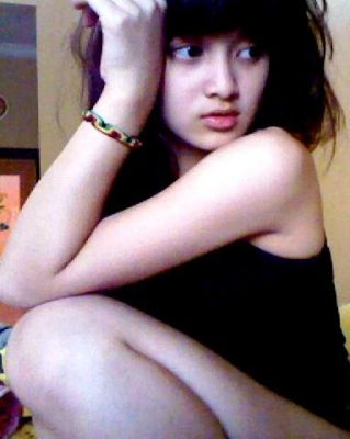 Rosiana Barbie Artis Cantik  ABG ( Asian Beautiful Girl )