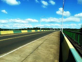 Ponte Tancredo Neves, entre Puerto Iguazú (Argentina) e Foz do Iguaçu (Brasil).