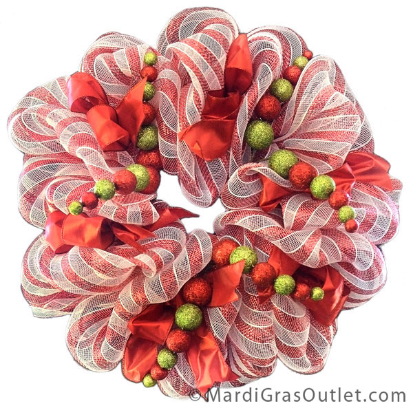 Candy Cane Wreath with ribbon accents- A tutorial