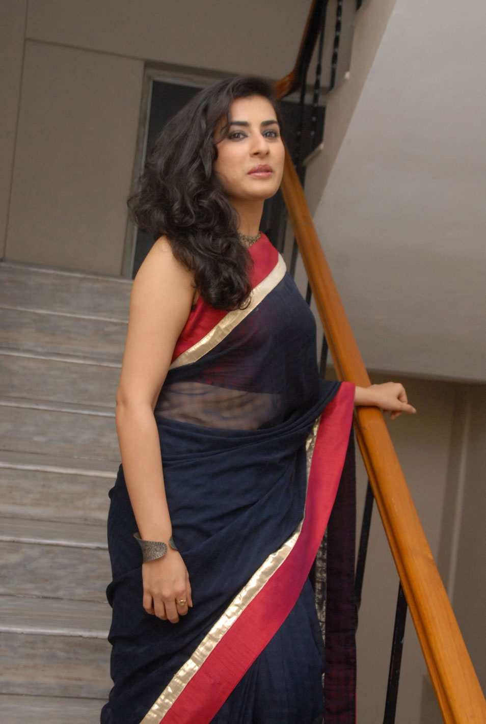 a9c949d046db53 Veda archana sastry full backless bikini blouse black transparent saree  boobs side view cleavage jpg 954x1421