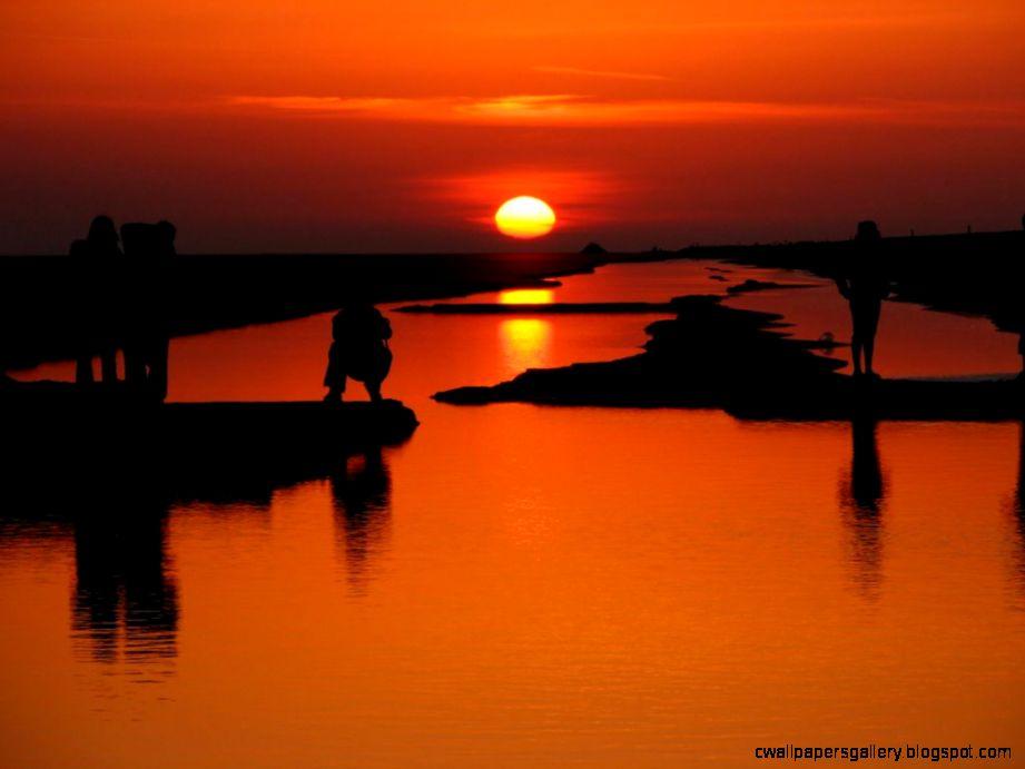 Panoramio   Photo of Sahara Desert sunrise Chott el Jerid near