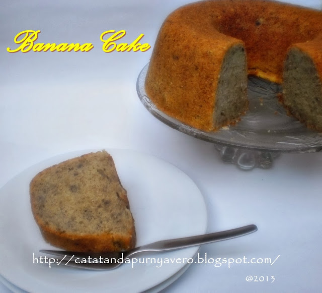 "<img src=""banana cake.jpg"" alt=""banana cake cake pisang"">"