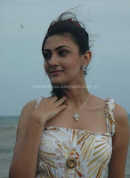 Neelam, hot, small, cleavage, stills