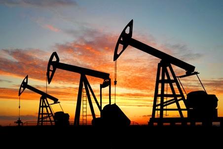 Цена на нефть падает на фоне снятия санкций с Ирана