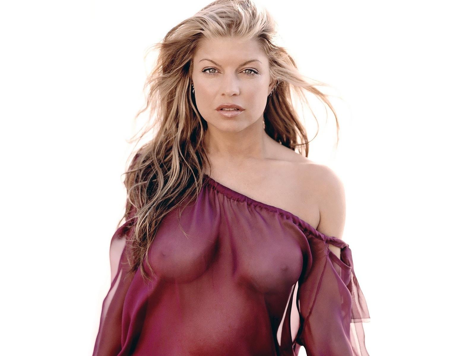 http://3.bp.blogspot.com/-_fi75VdZN3Q/TqPvrntvrYI/AAAAAAAAB_w/J8_s2iJdWBA/s1600/sploogeblog_fergie_topless_seethru_wallpaper.jpg