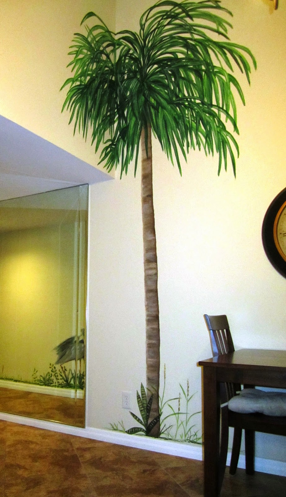 mural painting where the palm trees sway swan studios mural palm trees accentuate the dining wall niche