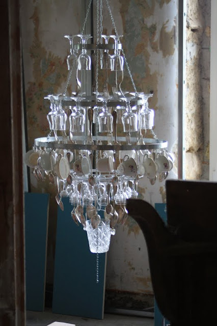 lustre cuill res et fourchettes lampe r cup du cagibi lampes luminaires r cup lights lamps. Black Bedroom Furniture Sets. Home Design Ideas