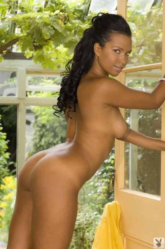 Robin tunney nude