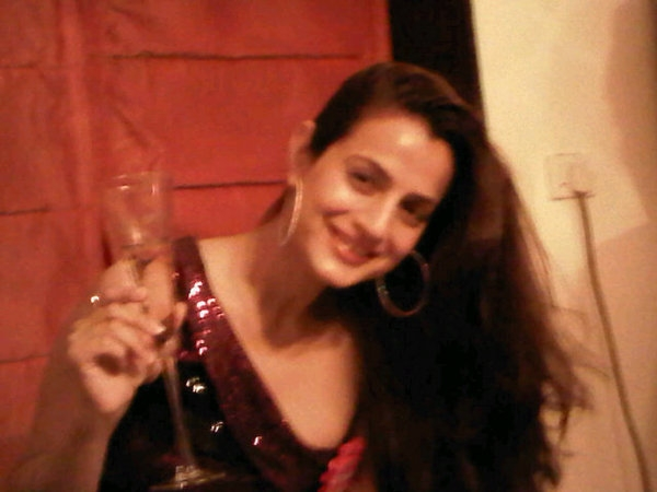 Amisha Patel in Wild Party Drunked, party pictures of Ameesha Patel,