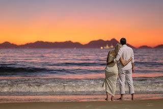 ensaio romântico, pré-wedding, e-session, love session, rio de janeiro, nascer do sol, praia, romance, amor, higo farias