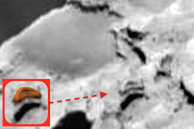 Triangle UFO Caught Above Comet 2015, UFO Sighting News