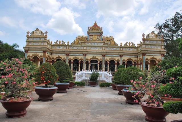 La pagode Vinh Trang, My Tho - Photo An Bui