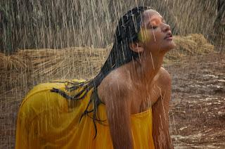 Anaika Soti Sizzling spicy Pics gallery