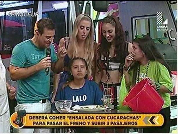 programa de TV donde una niña comió cucarachas para ganarse un viaje
