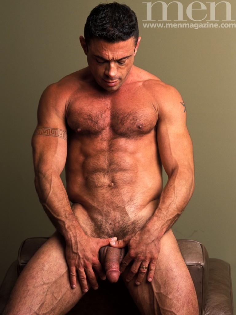 gay shirtless zac efron