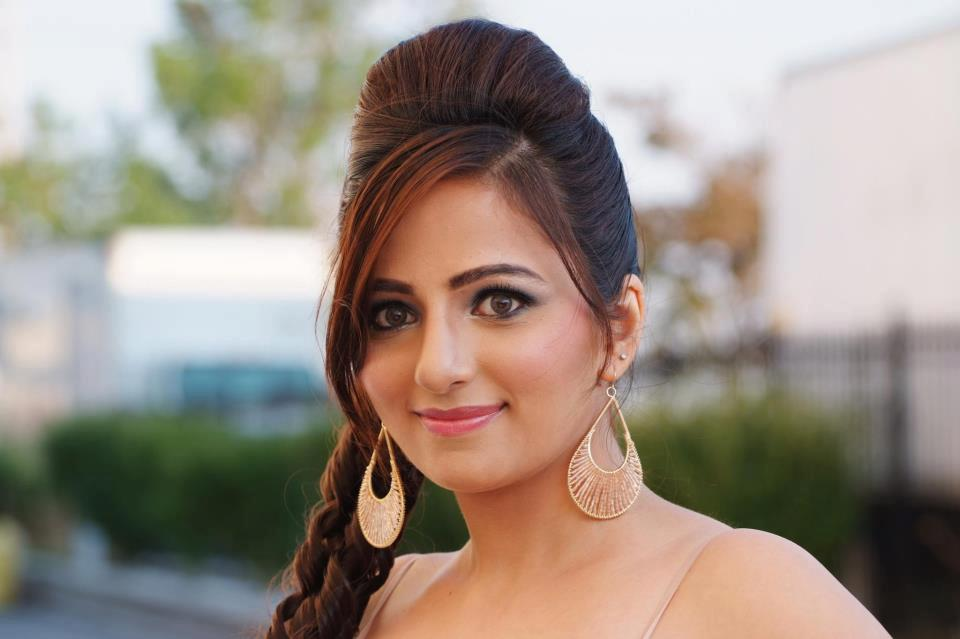 Zanib Naveed win Miss Pakistan World 2012 Pictures