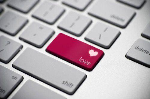 computer-καρδιά-πόνος-αγάπη-στιχάκια-λόγια σοφά