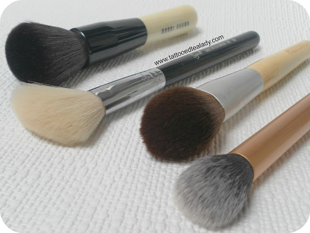 A picture of my favourite cheek brushes
